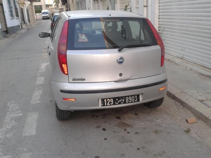 à Vendre Fiat Punto Clique 3 - Tunis, Tunis -Ref: UC10617 on fiat seicento, fiat linea, fiat stilo, fiat 500 abarth, fiat cinquecento, fiat spider, fiat bravo, fiat doblo, fiat 500l, fiat multipla, fiat panda, fiat ritmo, fiat 500 turbo, fiat cars, fiat marea, fiat coupe, fiat barchetta, fiat x1/9,