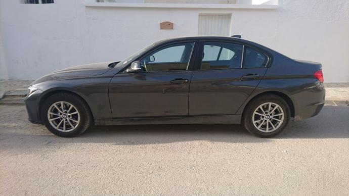 vendre bmw f30 business bva8 tunis la marsa ref uc11463. Black Bedroom Furniture Sets. Home Design Ideas
