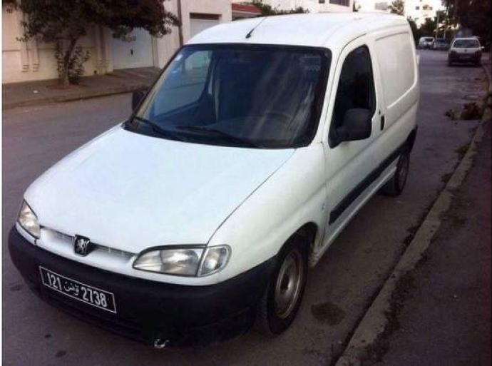 A Vendre Peugeot Partner Tunis Le Bardo Ref Uc11634