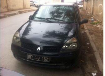 Renault Clio bombée
