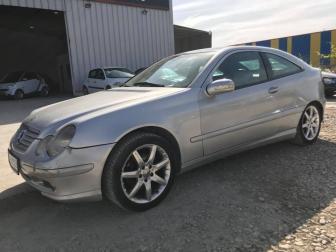 2002 Mercedes C200 coupe