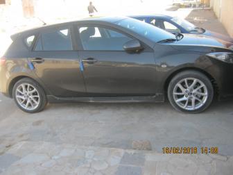 Mazda 3 nov 2013