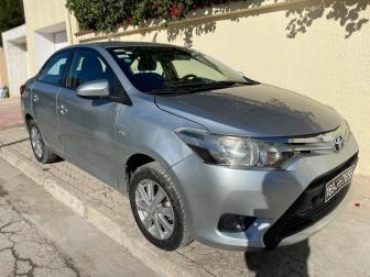 A vendre Toyota Yaris Sedan en très bon état