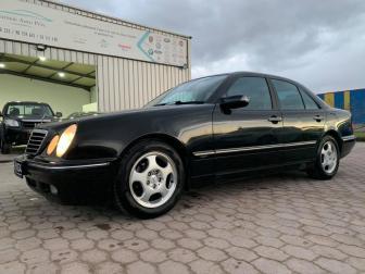 2001 Mercedes E200 BVA