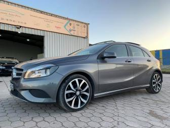 2014 Mercedes A200 toit ouvrant