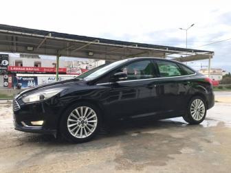 2016 Ford Focus EcoBoost Titanium
